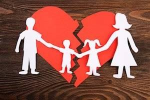 Essential Elements to Include in Your Illinois Parenting Plan